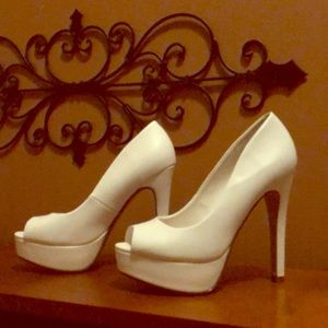 Shoes - My Delicious Shoes - White toeless heels